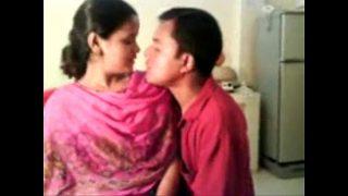Amateur Indian Nisha Enjoying With Her Boss